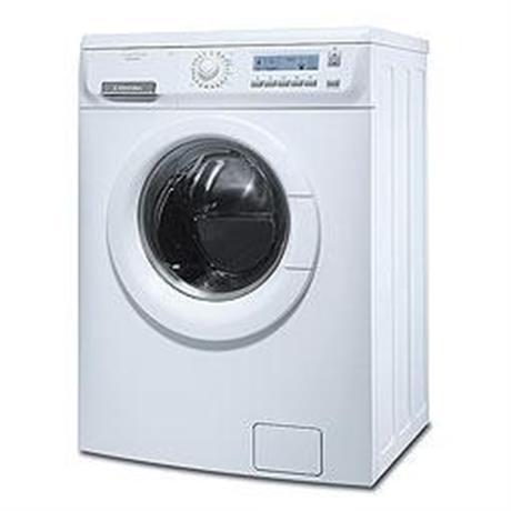 Electrolux EWF 10670 W
